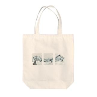 サンクチュアリ Tote bags