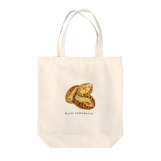 Karjalanpiirakka Tote bags
