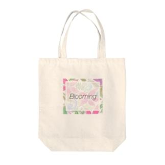 LitandLea Bloom Tote bags