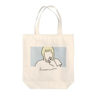 食べるガール Tote bags