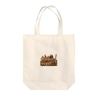 オシリ Tote bags