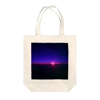 夜 Tote bags