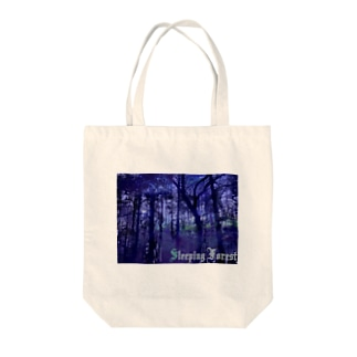 sleeping forest Tote bags