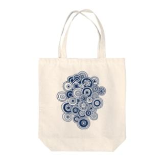丸の集合体(縦) Tote bags