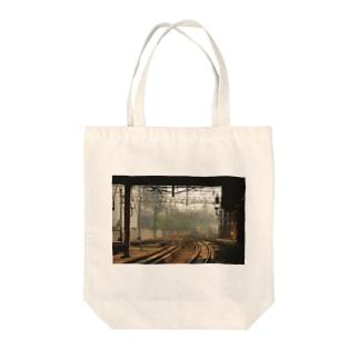 ターミナル Tote bags