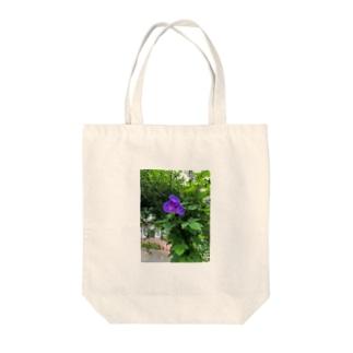 真夏が朝を彩る青紫 Tote bags