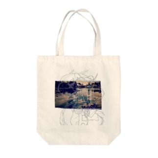 ブルーム Tote bags