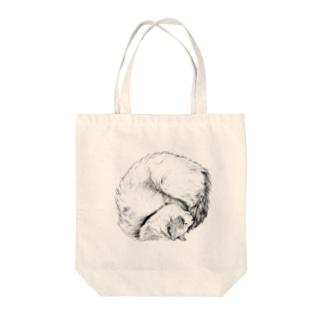 【茶トラホワイト猫ごろりんニャンモナイト】 Tote bags