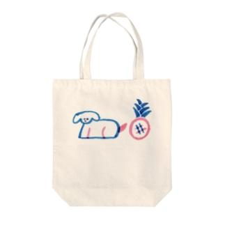 バカンス 犬 Tote bags