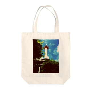 kyoto tower Tote bags