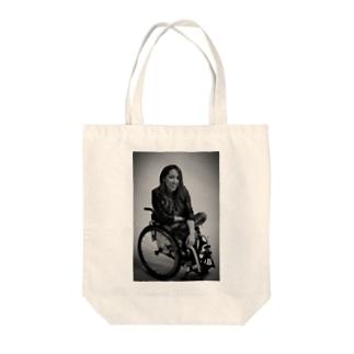 白黒で笑ってるよシリーズ Tote bags