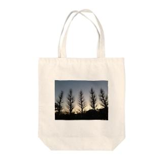 冬の木 Tote bags