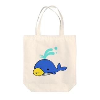 ひよさんとクジラ Tote bags