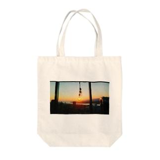 夕日電球 Tote bags