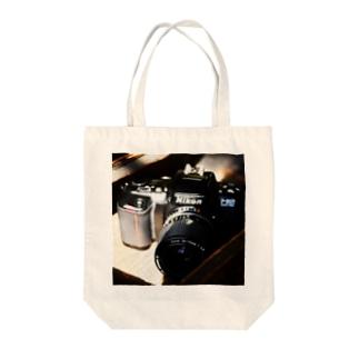 レトロなカメラのトートバッグ Tote bags