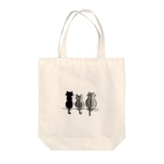 Moonの3にゃんず Tote bags