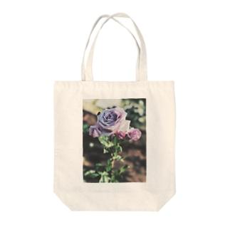 薔薇 Tote bags