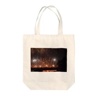 今年の花火 Tote bags