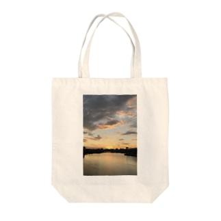 a・sa・hi Tote bags