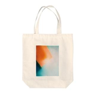 質感2 Tote bags