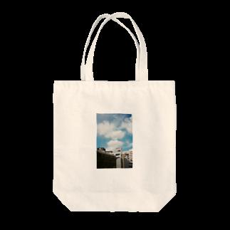 Shogo Hirokiのbuilding Tote bags