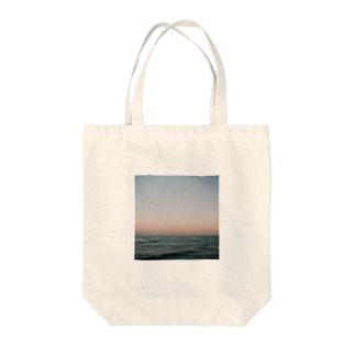 Shogo Hirokiの海 Tote bags