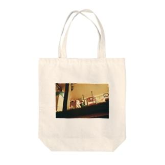 Shogo Hirokiの潜むキューピー? Tote bags