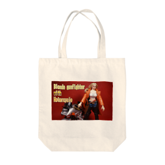FUCHSGOLDのドール写真:ブロンドガンファイターとオートバイ Doll picture: Blonde gunfighter & motorcycle Tote bags
