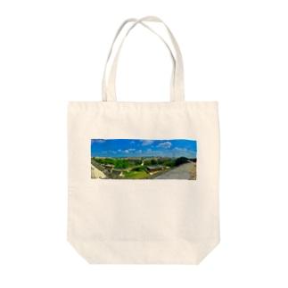 Okinawa view Tote bags