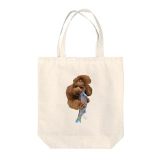 新巻鮭を捕まえるフー Tote bags