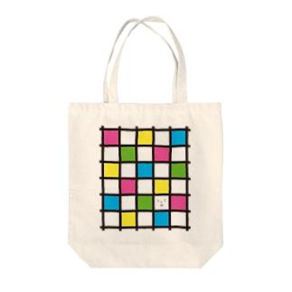 格子模様で1つだけ顔 Tote bags