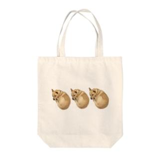 グッドラックドッグ Tote bags
