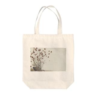 オハナ Tote bags