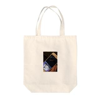 ださいセーター Tote bags