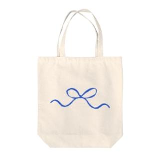blueandwhiteリボン Tote bags