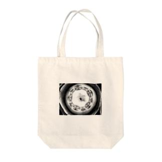 球体の歪み【モノクロ】 Tote bags