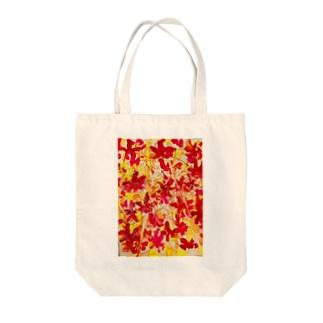 グラデーションが綺麗な秋の紅葉🍁オータムリーブス🎶 Tote bags