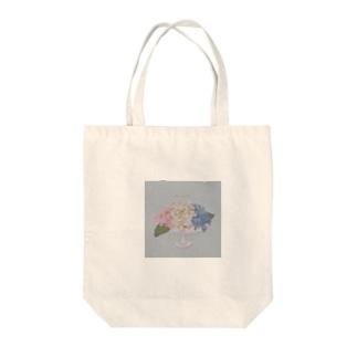 器と紫陽花。 Tote bags