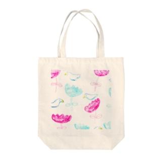 鳥と花 Tote bags