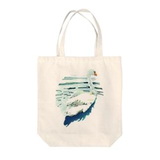 ハクチョウ Tote bags