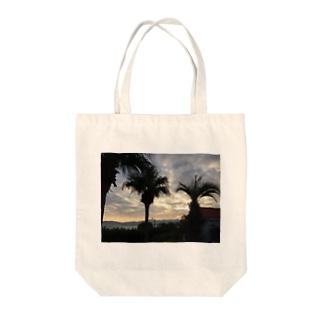 南国♡ Tote bags