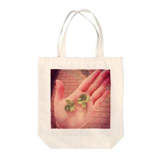 幸せのクローバー🍀 Tote bags