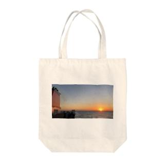船旅の朝 Tote bags