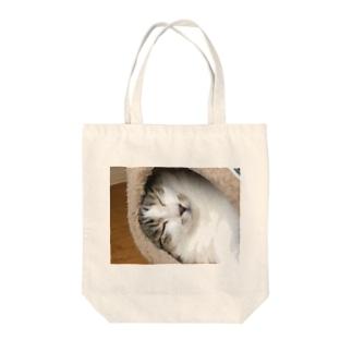 耳なし猫 Tote bags