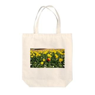 チューリップ🌷 Tote bags