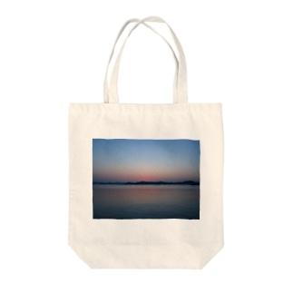 自然が織り成すグラデーション Tote bags