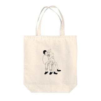 モノクロカップル Tote bags