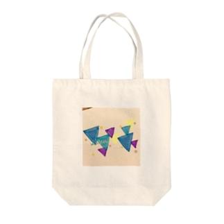 sankaku winter Tote bags