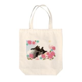 Chu♡ Tote bags