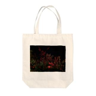 ヨザクラ Tote bags